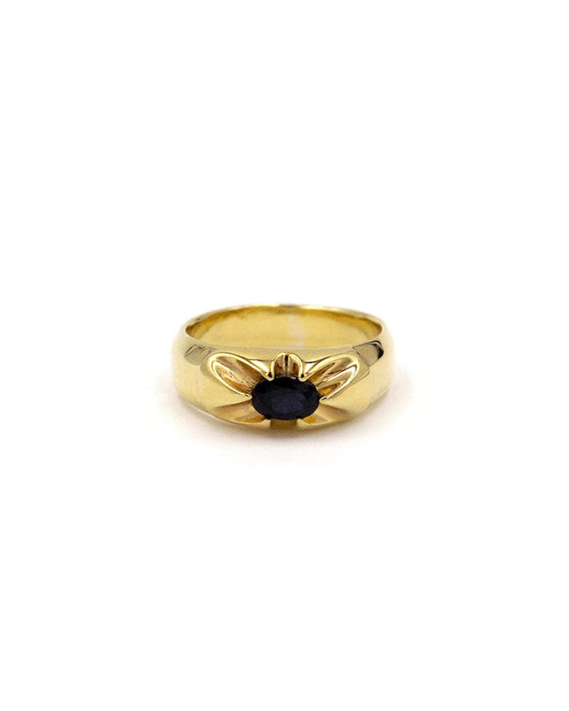CLAW ONYX GOLD RING