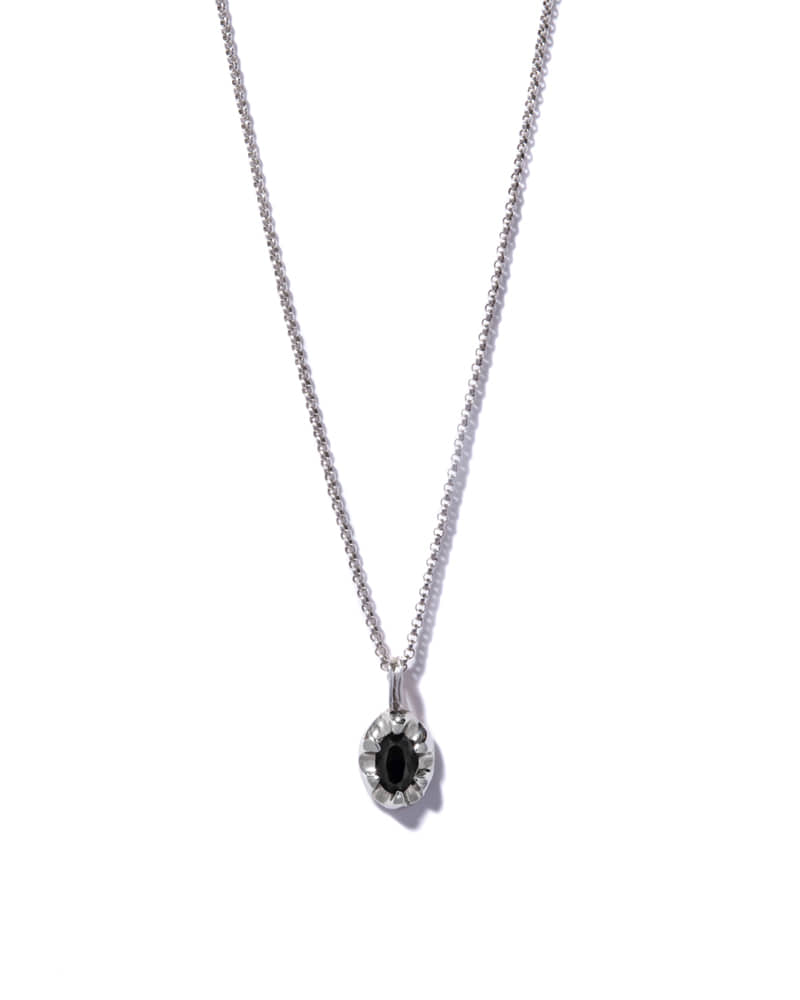 CLAW ONYX SILVER NECKLACE
